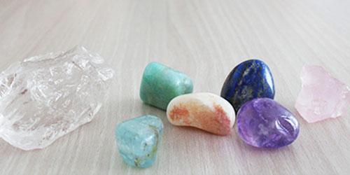 Minéraux et bijoux en pierres naturelles